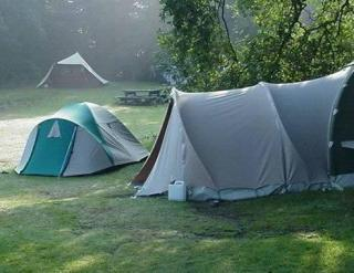 http://lancelias.cowblog.fr/images/camping.jpg